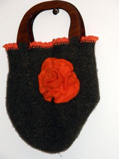 Hunter Green Felted purse with wood handle ,crocheted edging to add delicacy.