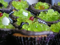 Witches Cauldron Cupcakes Recipe ~ Say: These are easy to make halloween recipe that you can make with your Toddlers and Preschoolers. They make a perfect treat for a Halloween party and are delicious as well.