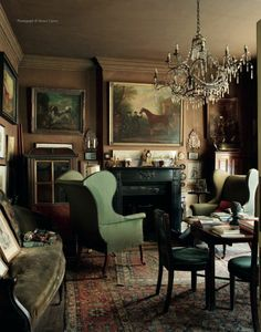 English country style interior of Sir Albert Richardson (1880-1964), leading English architect. His Bedfordshire ho...