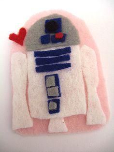 R2-D2 Heart Pin Craft