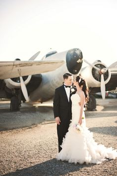 Hangar Vintage Glam Wedding