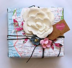 giftwrap, gift wrapping, kraft paper, map
