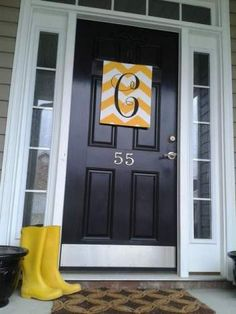 "spring porch DIY yellow chevron stripe monogram initial ""wreath"""