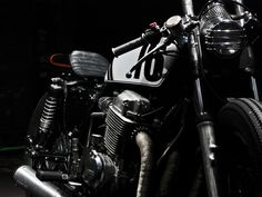 MotoHangar - vintage japanese motorcyles and custom cafe racers
