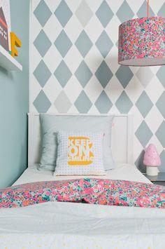 decor, wall patterns, pattern mixing, diamonds, bedroom kids