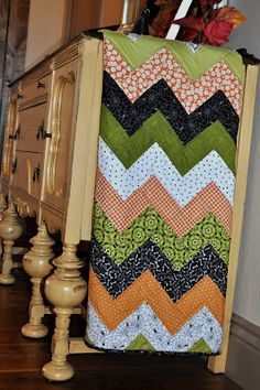 This is a GREAT tutorial....most of the chevron quilts I have pinned are dead links or have no instructions!  This one looks super!!!