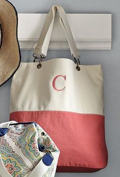 color block tote bag  http://rstyle.me/n/jqqyhpdpe