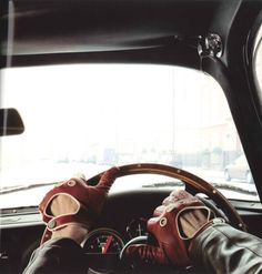 car girls, classic cars, wheel, sport cars, men fashion, girl style, men clothes, gloves, drive glove