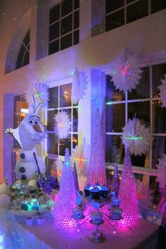 Disney's Frozen Theme by Partyz.co ! Tons of party ideas @ www.partyz.co !