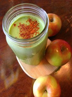 apple pie spinach smoothie, I know what's for breakfast tomorrow!