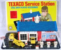 WOLVERINE: 1960s Texaco Service Station Playset #Vintage #Toys