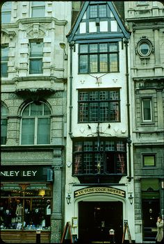 Very old London house - Fleet Street