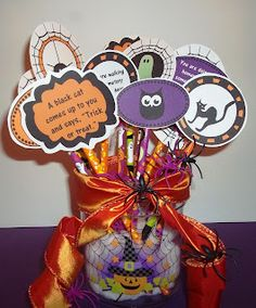 Sweet Tea Classroom: Halloween Writing Prompts Make Super Halloween Classroom Gifts