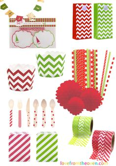 Lot of cute packaging materials for Christmas, perfect for cookies and baked goods.