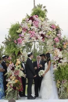 wedding ceremony ideas. Photo: Jessica Claire. To see more: www.modwedding.com