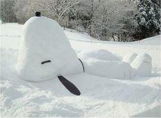 wow, Snoppy snowman.