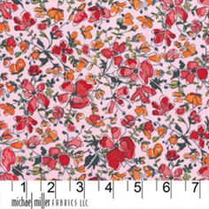 Laura Gunn - Garden Wall - Wee Spring in Pink