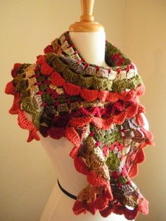 A free pattern for this little lovely can be found...