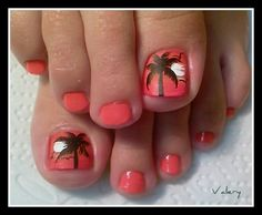 Adorable palm tree nails