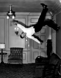 Fred Astaire ceiling dance