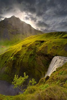 iceland, beach resorts, waterfalls, spring waterfal, landscape photography, travel, place, mother nature, planet earth