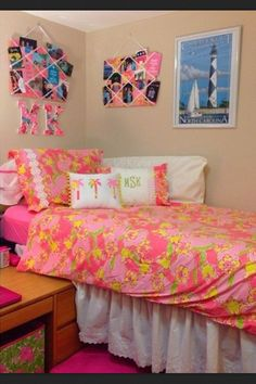 Lilly inspired dorm room!