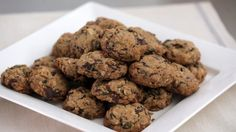 Watch Martha Stewart's Chocolate-Granola Drop Cookies Video. Get more step-by-step instructions and how to's from Martha Stewart.