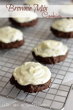 Life as a Lofthouse (Food Blog): Brownie Mix Cookies with Cream Cheese Frosting