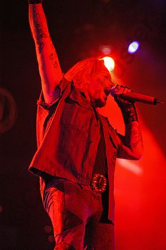 A red hot #photo of #vinceneil on the #motleycrue COS tour in Green Bay WI 2005 with Vince Neil