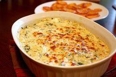 Cheesy Spinach Artichoke Dip