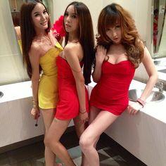 #Japanese #TGirls stripping on Shemale Japan