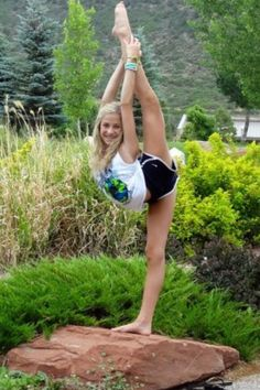 Peyton Mabry CHEER celebrity needle pose cheerleading #KyFun m.9.51  moved from @Kythoni Cheer Celebrities: Jamie Andries, Peyton Mabry, Gabi Butler, Carly Manning, Maddie Gardner, etc. board http://www.pinterest.com/kythoni/cheer-celebrities-jamie-andries-peyton-mabry-gabi-/