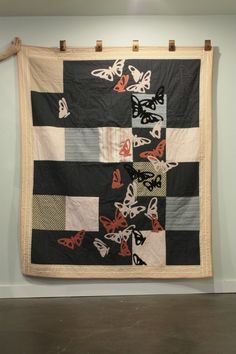butterfly applique quilt---- love this. Modern quilting
