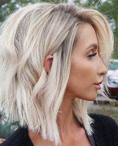 40 Awesome and Stylish Short Bob Hairstyles Ideas for New Year 2019 Part 10; bob hairstyles for black women; bob hairstyles medium; bob hairstyles for fine hair