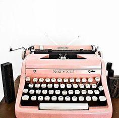 Pretty pink typewriter, love!
