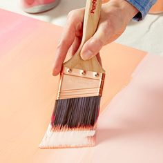 Blend colors with a paintbrush - ombre painting technique