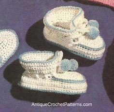 Easy Baby Booties - White and Blue