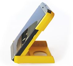 For every WakaWaka Power sold during this pre-sale campaign we give two WakaWaka Lights (lights only) to Haiti. Where 370.000 people still live in makeshift shelters without electricity. Power to you, and to Haiti. waka waka, power station, mobil, gadget, wakawaka power, travel accessories, solar charger, solar power, smart phone