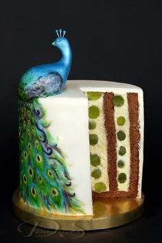 Dimitrana S. Вита торта с грозде Vertical Layers