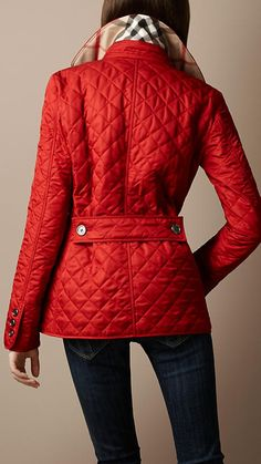 Quilted Burberry barn jacket in red