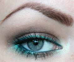 teal and brown eye