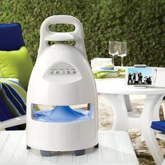 Outdoor Wireless Speaker and Dock I want one