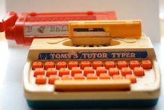 Tomy Tutor Typer Toy Typewriter !