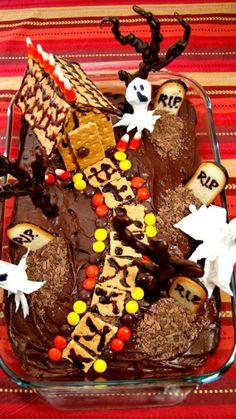 Graveyard Cake Tutorial