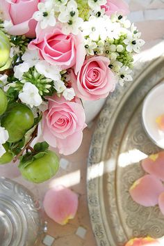 Pink roses ✿⊱╮ via Ana Rosa