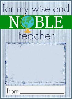 Barnes & Nobles gift card holder @ http://iammommahearmeroar.blogspot.com/2011/04/teacher-appreciation-ideas-part-2-gift.html