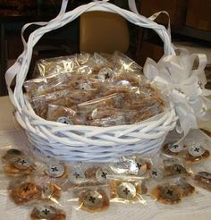 Not a Louisiana wedding without pralines