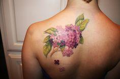 lilacs.  Pretty pretty.