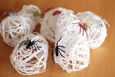 DIY spider sacks #diy #kids #familyproject #halloween #crafts
