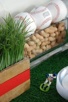 #Baseball Party Centerpiece .. use peanuts as a filler!